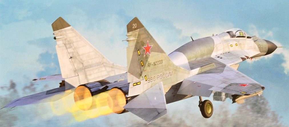 MiG-29SMT-9-19-Trumpeter-1-72-unboxing-review-dn-models