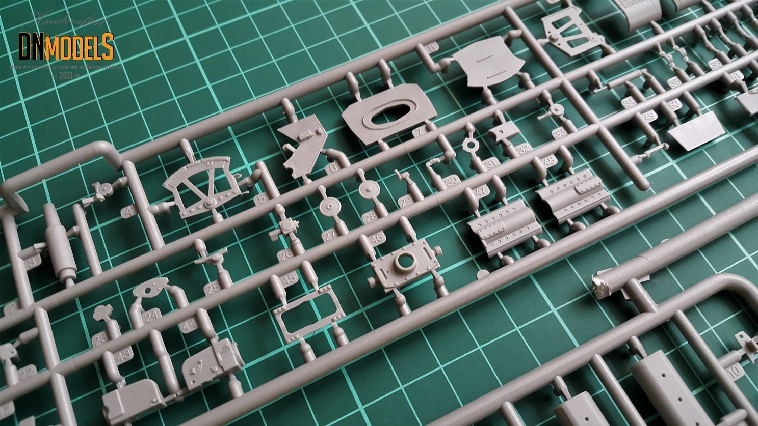 StuG III 0-series Miniart 35210 Unboxing Review DN Models Masks for Scale Models sprues
