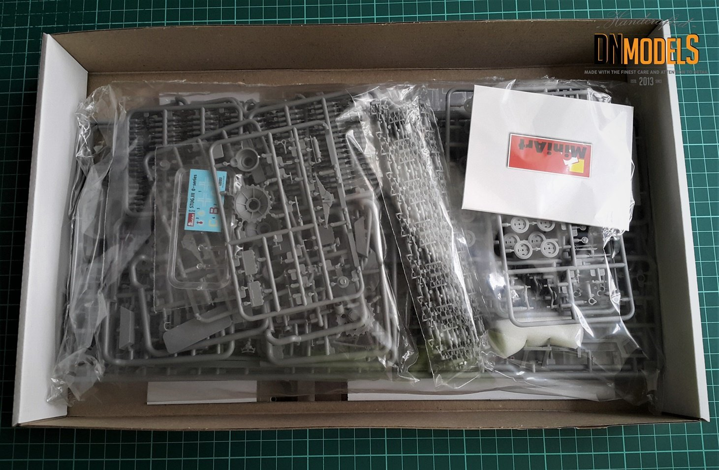 StuG III 0-series Miniart 35210 Unboxing Review DN Models Masks for Scale Models sprues contents