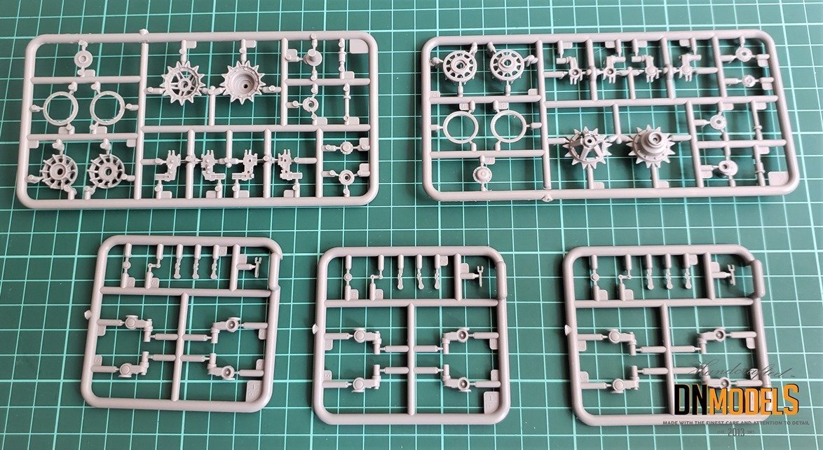 SU-122-54 MiniArt 37035 review DN Models Masks for Scale Models