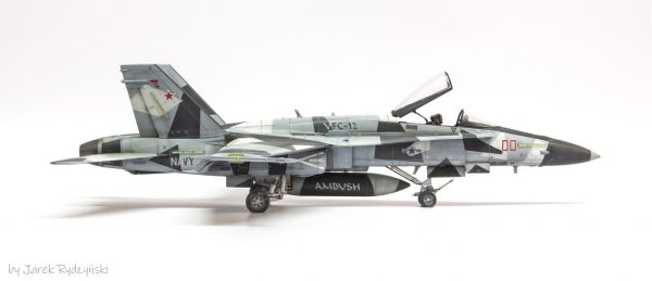 Arctic Splinter Camo Paint Masks for FA-18 Hornet Aggressor 48th scale (2)