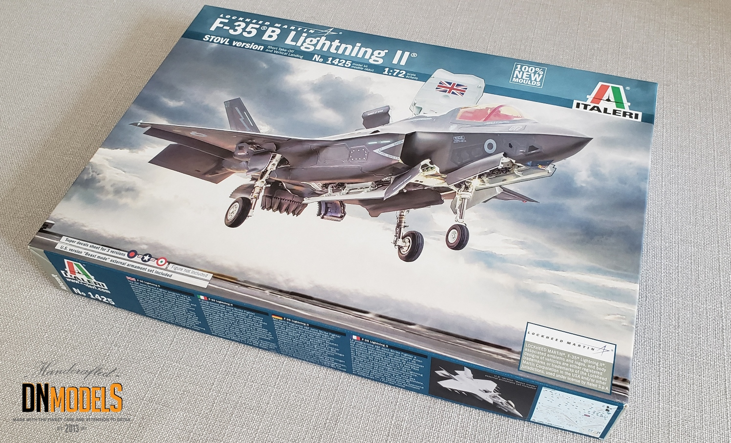 inbox review italeri revell tamiya 35b lightning ii 1/72 dn models masks for scale models